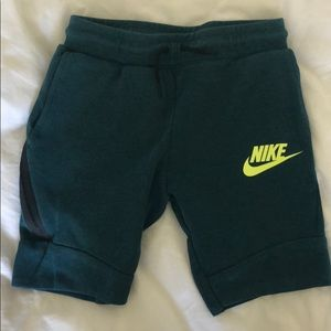Sz M boys' Nike Tech dark teal sweat shorts